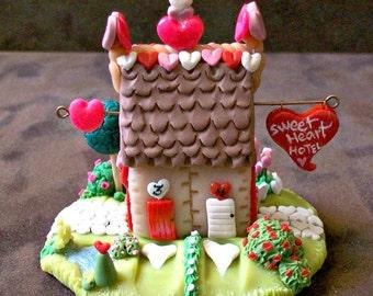Sweetheart Hotel Miniature Hand Sculpted Whimsy House Fairy Home Terrarium Ornament Faerie House