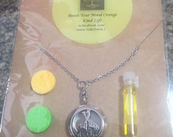 Giraffe Aromatherapy Stainless Steel Necklace with Orange Essential Oil