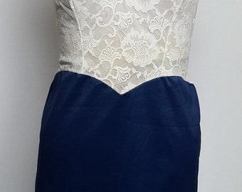 Vanity Fair full slip white lace and  blue Tricot nylon 60s vintage princess bodice 34 Small