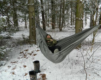 custum made camping hammock with integrated underquilt and cinch buckle suspension
