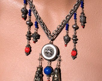 DYNASTY Statement Necklace