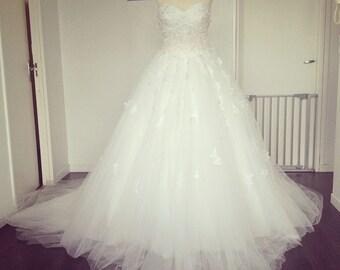 flower wedding dress no sleeves lace wedding dress