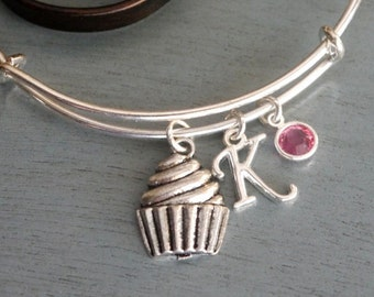 Cupcake Bracelet, Cupcake Charm Bangle, Cupcake Graduation Gift, Gifts for Baker, Culinary School Graduation, Cup Cake Bracelet, Letter