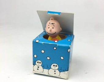 Peanuts Charlie Brown Snoops Small Blue Gift Box Ornament Toy Figurine Holiday