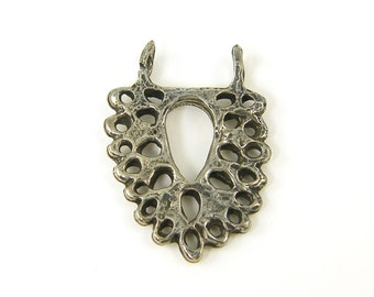 Lace Pendant Green Girls Studio Pewter Jewelry Charm |S26-3|1
