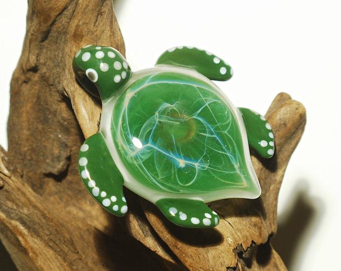 Striking Green Sparkle Turtle - Glass Pendant - Glass Jewellery - Fine Arts - Heady Turtle - Blown Glass - Artist Signed - Free Shipping!
