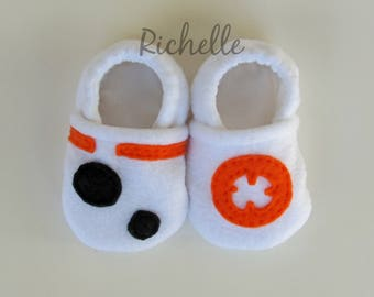 BB8 Inspired Baby Shoes, Soft Sole Star Wars Disney Baby Boy Girl Crib Shoes, Infant Toddler Slippers, Geek Baby Shower Gift Idea