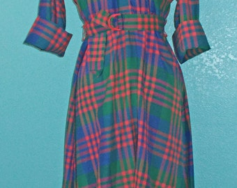 70s Vintage Blue/Red/Green Woven Plaid Shirtwaist Dress with Flared Skirt — Size L