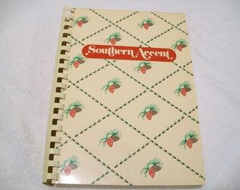 Vintage Southern Accent Cookbook  Junior League Pine Bluff Arkansas 1985