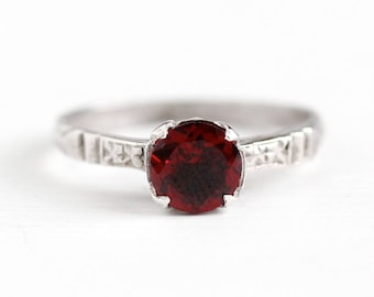 Sale - Sterling Garnet Ring - Vintage Silver Art Deco Garnet 1 Carat Genuine Gem - 1930s Size 6 Dark Red January Birthstone Flower Jewelry
