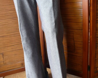 FREE PEOPLE Vintage Wide Legged BELLBOTTOM Hip Hugger Shiny Fancy Jeans// very very Boho//fun to wear with high heels or just around