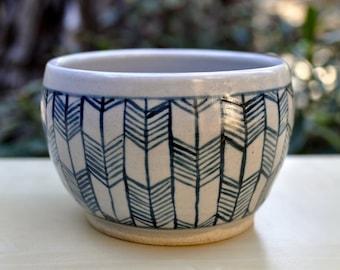 blue arrow bowl