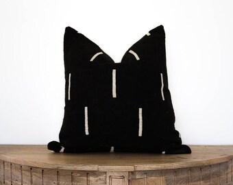 "Mudcloth Pillow Cover ""Zain"" 18x18"