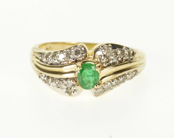 14k Emerald Diamond Encrusted Oval Scalloped Ring Gold