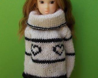 Handmade pullover for any kind of dolls (momoko, barbie, fashion royalty, pullip, blythe, bjd...)