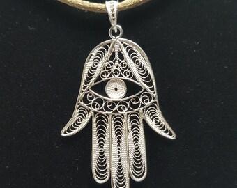 Fatima's Hand - Silver Filigree Pendant