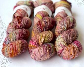 MERINO SLIGHT - Seraph - hand dyed yarn, 100% superwash extra fine merino, singles