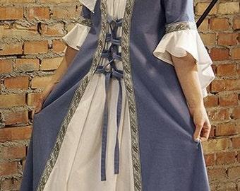 Medieval Renaissance long blue dress with head dress