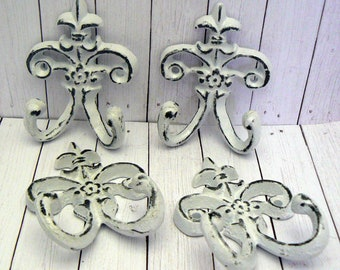"Fleur de lis Cast Iron White 3 1/2"" Mini Petite FDL Set 4 Small Dbl Wall Hooks French Paris Shabby Elegance for Jewelry Key Nursery Bathroom"
