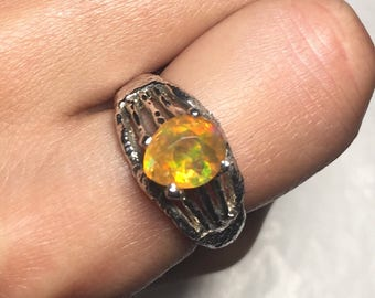 Ladies Mexican Fire Opal Ring (US Size 7)