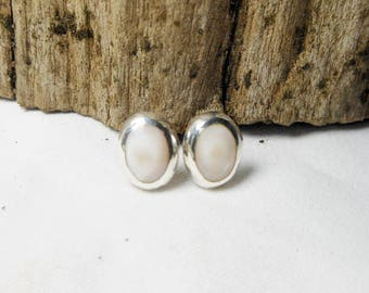 Lovely Sterling Silver White Mother Pearl Oval Dome Earrings,Shell Earring,Oval Earring,Mother Parl Earring,Personalized Gifts,Gifts For Her