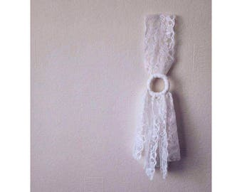 White Lace Dream Catcher Wall Hanging Wall Decor Nursery Dream Catcher Home Decor New Baby Nursery Natural Wedding Decor