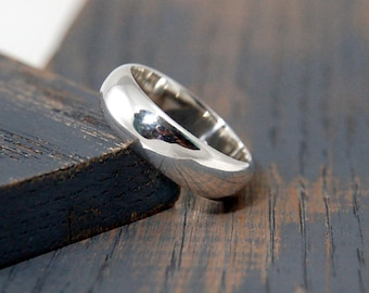 Mens Classic Wedding Band Ring.  Mens Sterling Silver Classic Wedding Band Ring. 6mm His and hers wedding band ring