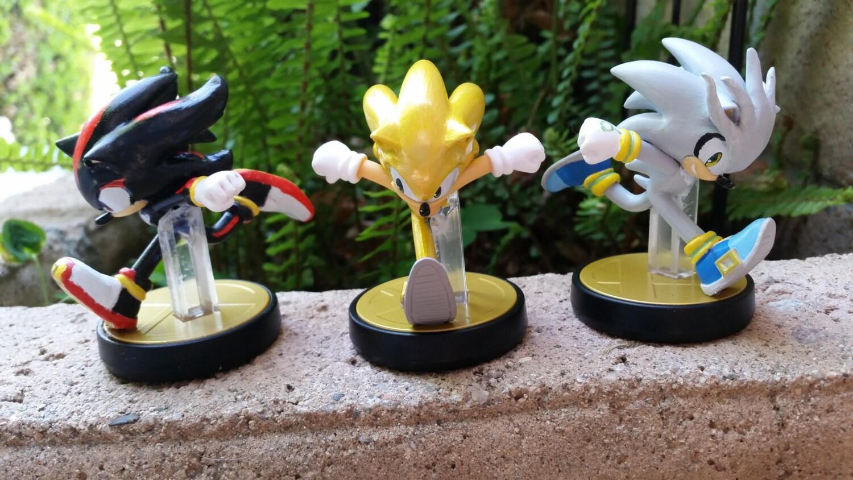 Amiibo Custom Shadow Or Silver Sonic Sonic The Hedgehog