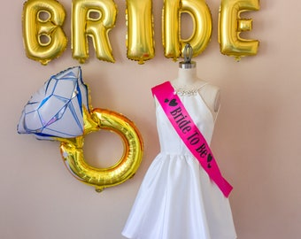 Bride to Be Sash, Bridal Shower Gift, Gift for Bride, Bride to be gift, Bachelorette Party, Pink, Gold, White, Black, Hen Party