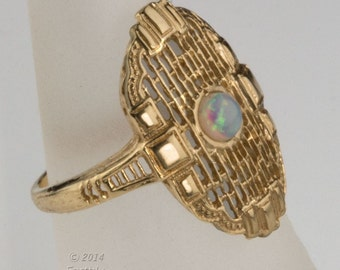 Vintage estate 14k gold filigree and opal ring 1960's Edwardian reproduction. (rgfn102)
