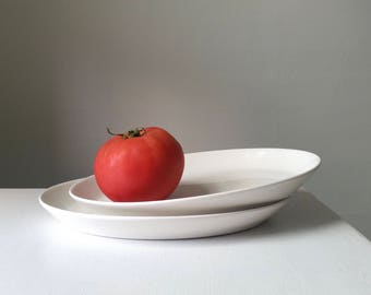 One White Antique Platter . Modern Farmhouse . Vintage Kitchen . Syracuse China . Restaurant Ware . Classic Serving Plate .