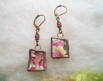 Broken China Earrings Small Delicate Minimal Pink Floral Earrings Recycled Glass Upcycled Dishes Cups Copper Bezel Mosaic Earrings