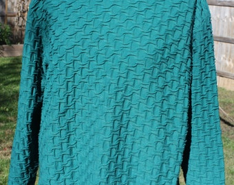 Vintage long-sleeved hunter green shirt