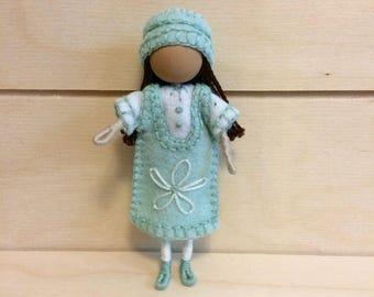 Ivy - Miniature doll - Bendy doll - Faceless doll - Dollhouse doll - Pocket doll - Waldorf doll - Montessori toy