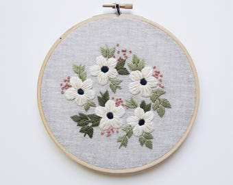 Summer Flowers Embroidery Hoop Art, Hand Embroidered Home Decor, Floral Embroidery, Botanical Art, Handmade Art