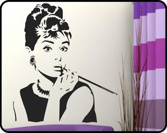 "AUDREY HEPBURN Wall Decal vinyl Sticker - Breakfast at Tiffany's elegant silhouette wall mural  23"" x 26"""