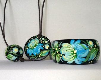 French bracelet, Floral locket, pendant Wooden painted bangle, Black jewelry set Flower hippie gift for women Ukrainian decor Boho accessory