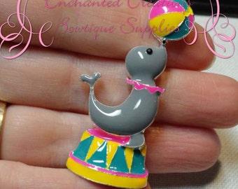 "2"" Adorable Enamel Circus Juggling Seal"