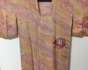 Shibori Vintage Kimono coat, Shibori red, michiyuki, haori, Made in Japan, Kimono jacket, Japanese fashion,