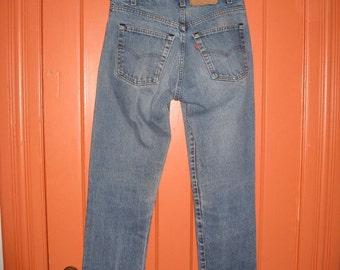 Vintage 1980's Levi's 505 Straight Leg Faded Denim Blue Jeans 31X33 Black Stitch USA Boyfriend #1201