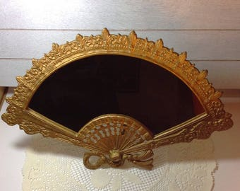 Mirror Vintage Fan Shaped Mirror Vanity Jewelry Shop Mirror Prop Powder Room Accessory Shabby Cottage Chic Hollywood Regency Style Mirror