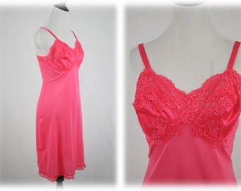 Vintage Gossard Artemis Dark Pink Nylon Slip Size 34 Ave