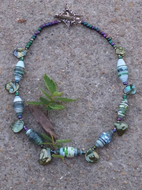 Green keshi freshwater pearl and paperbead necklace/ sterling silver
