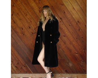 Luxe Oversized Black Faux Fur Coat - Vintage 50s - M