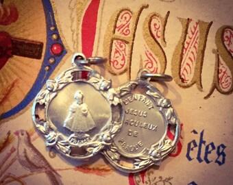 2pcs INFANT OF PRAGUE Vintage Religious Medals L'Enfant Jesus Miraculeux de Prague France