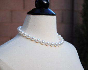 White Large Pearls Bridal Necklace, Chunky Swarovski White Pearls, Crystals, Bridal Jewelry, Special Occasion, Kelly N240B10