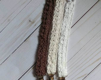 Neutral pacifier clips-clips-pacifier clips- crochet pacifier clips-baby asseccories