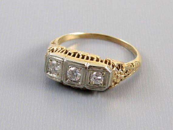 Antique  vintage Art Deco 14k filigree 3 diamond anniversary wedding engagement ring .30 carat / three stone / 3 stone / size 8-1/2
