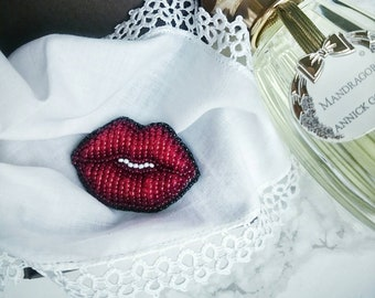 Brooch red lips