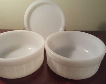 Vintage Federal ovenware glass milk Bowls 2 and 1 lid Hard to find
